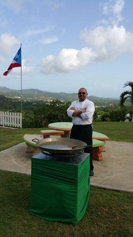 """""""Encontré, cocinando para otros, mi mejor manera de servirle a Dios"""" Chef Noé Reyes Serrano"""
